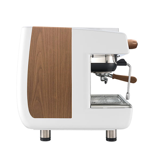 Máy pha cà phê Casadio Undici A1 đến từ Ý sở hữu hệ thống siphon hiện đại