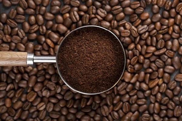 Chọn cafe rang xay là yếu tố quan trọng để tạo nên những ly cà phê thơm ngon