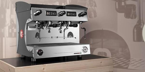 Sử dụng máy pha cà phê cho thuê mang lại nhiều lợi ích thiết thực