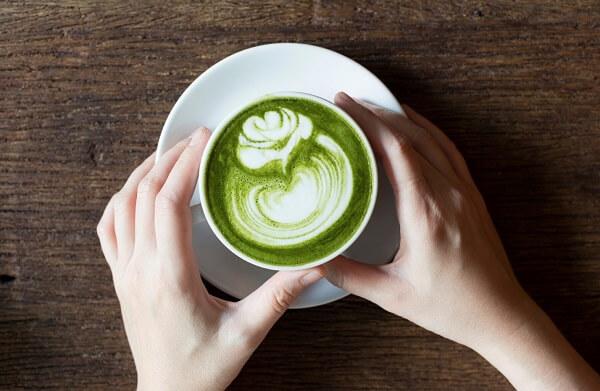 Cách pha latte matcha nóng