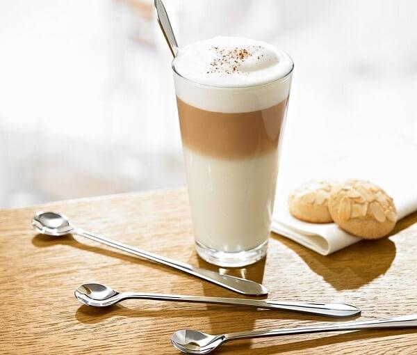 Cách pha cafe latte không dùng máy