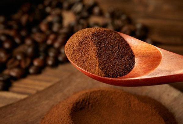 Tùy vào công thức của nhà sản xuất, mỗi loại cà phê hòa tan sẽ có lượng calo khác nhau